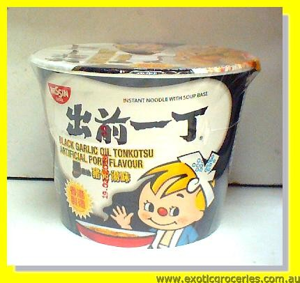 Instant Noodle Black Garlic Oil Tonkotsu Artificial Pork Flavour