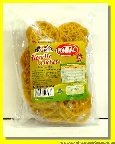 Uncooked Noodle Crackers (Kerupuk Mie)