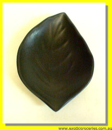 Black Leaf Shape Sauce Plate E0027