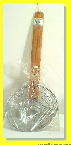 "10"" S.S. Strainer with Wooden Handle"