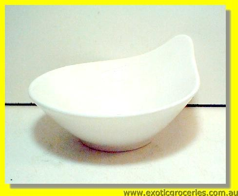 White Bowl with Handle 12.5cm M1143