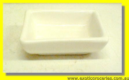 White Rectangular Saucer 6cm M365